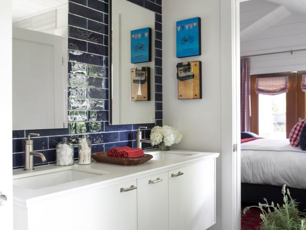 uo2015_master bathroom interior sinks tile vanity red white blue lavendar_vjpgrendhgtvcom616462jpeg