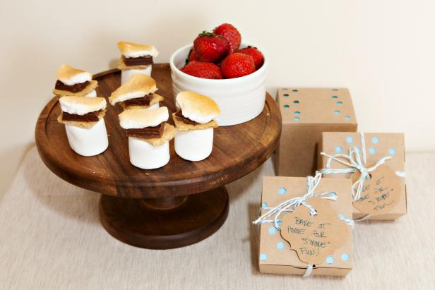 DIY S'more Party Favors