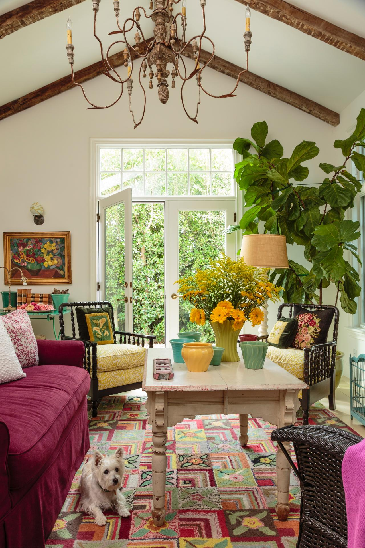 Interior Design For Living Room For Small Space: Take A Peek Inside This Colorful California Cottage