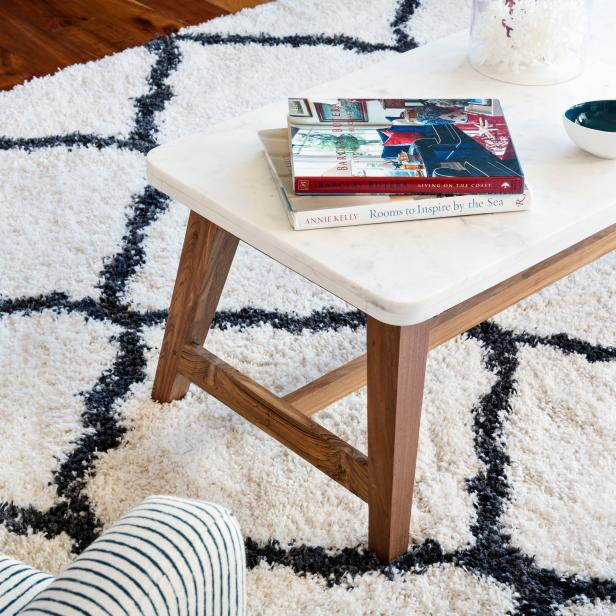 Coffee Table and Diamond-Pattern Rug