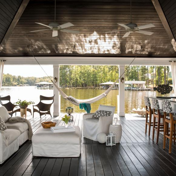 Floating Lounge on the Lake With Comfy Seating