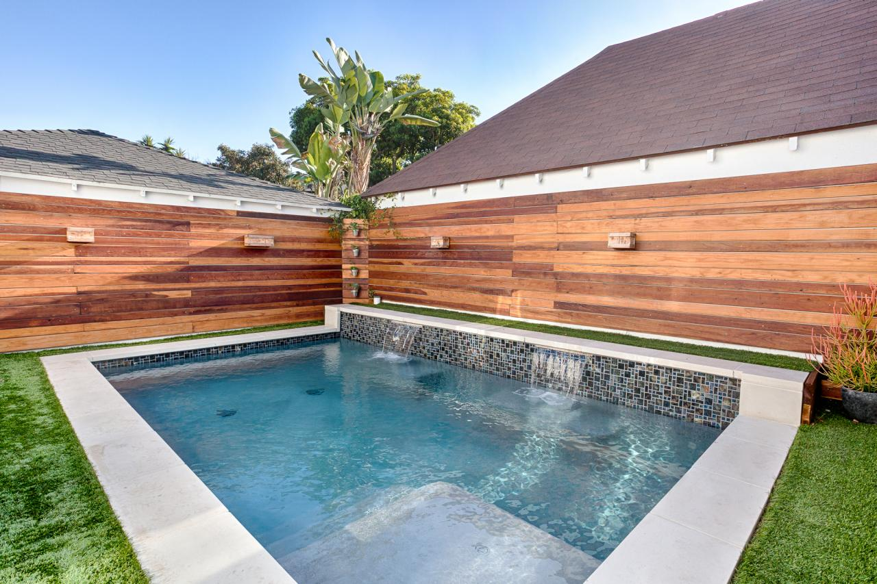 Small swimming pool ideas and pictures hgtv 39 s decorating for Small backyard pools