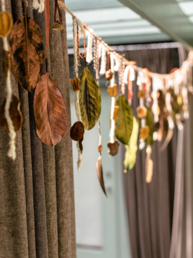 Organic Garland Made of Twine, Magnolia Leaves and Acorns