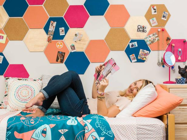 No Nail Dorm Decorating Featuring Painted Cork Hexagons, Turquoise Duvet Cover and Colorful Throw Pillows
