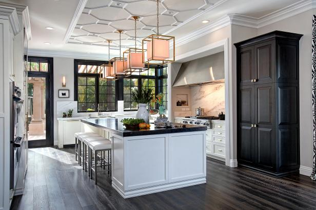 white transitional chef kitchen with large island - Chefs Kitchen