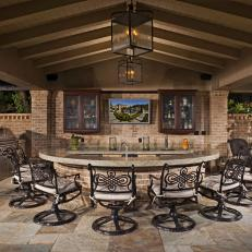 Luxurious Outdoor Bar U0026 Grilling Station
