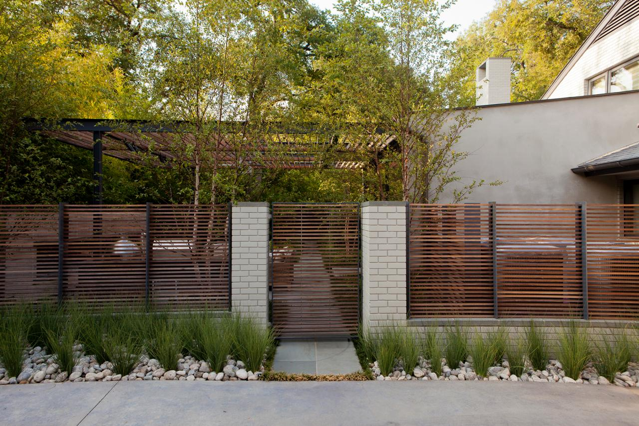 Fence Screen. Custom Fence Screens Contemporary Patio