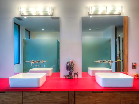 6 Bright Bathrooms Where a Single Color Is the Star