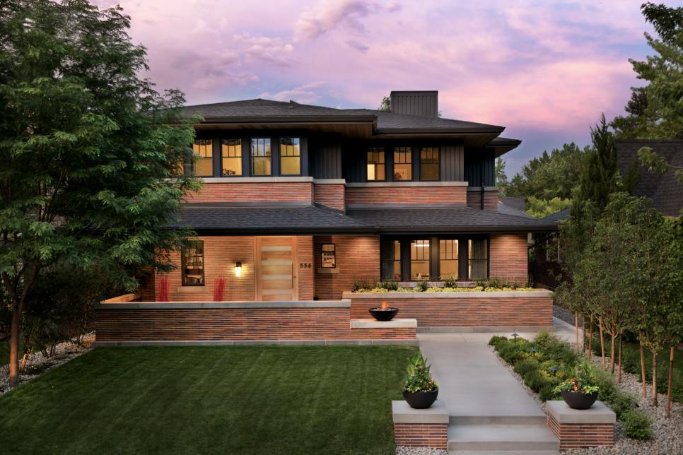 Frank lloyd wright inspired home with lush landscaping - Frank lloyd wright designs ...