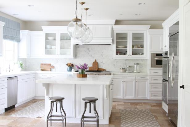 White Coastal Kitchen is Family-Friendly
