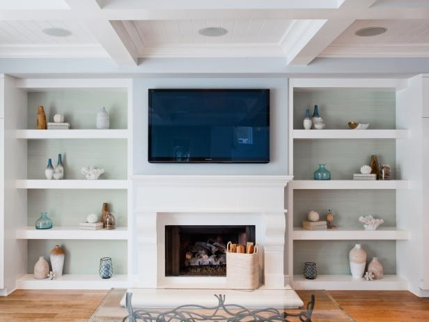 Built In Living Room Shelving Features Coastal Decor