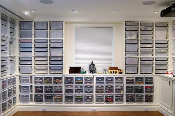 Basement Lego Lounge With Built-In Storage System