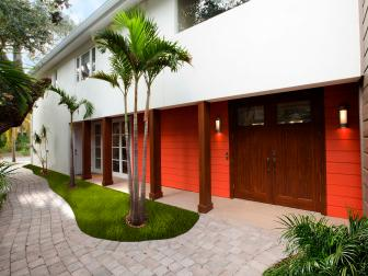 Tropical Home Exterior is Bright, Welcoming