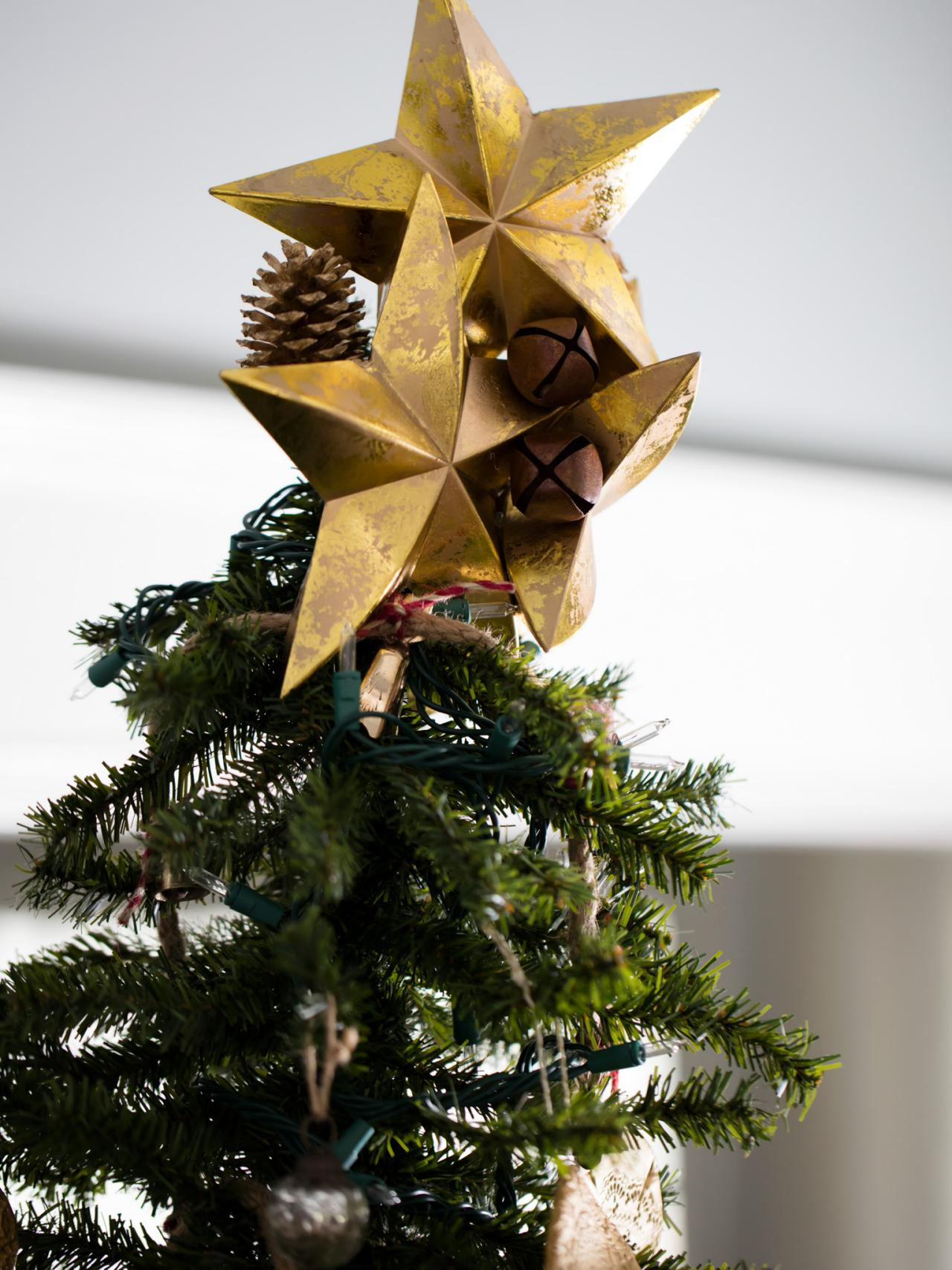 Cluster Stars on Top. Since Christmas tree ... & How to Decorate a Christmas Tree | HGTVu0027s Decorating u0026 Design Blog ...