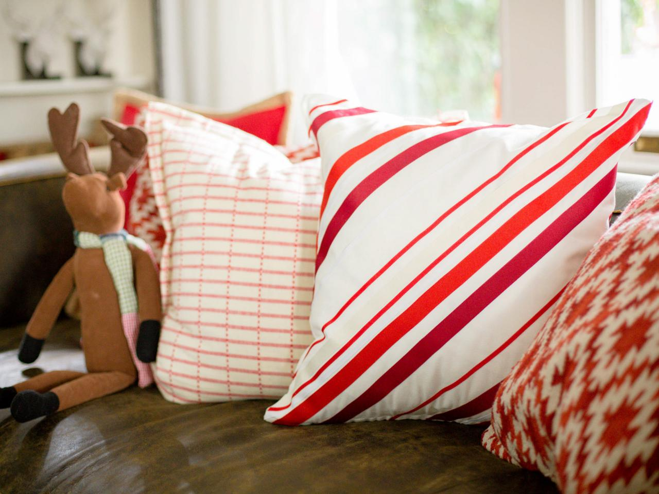 peppermint stripe pillow