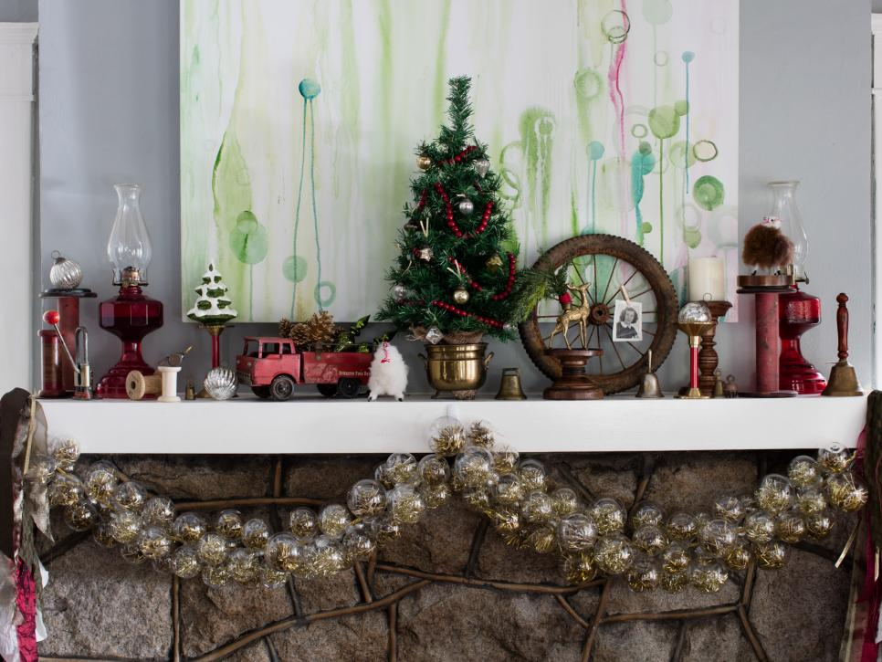 Christmas Mantel Ideas.28 Christmas Mantel Decorating Ideas Hgtv