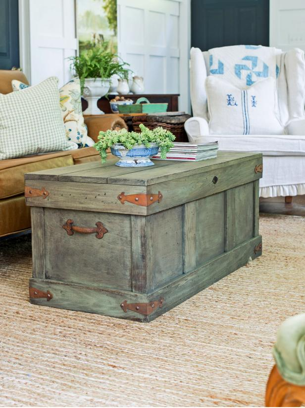 How To Construct A Rustic Trunk Style Coffee Table Hgtv