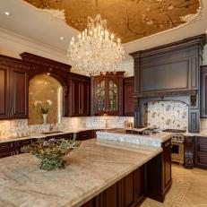 Glamorous Traditional Kitchen