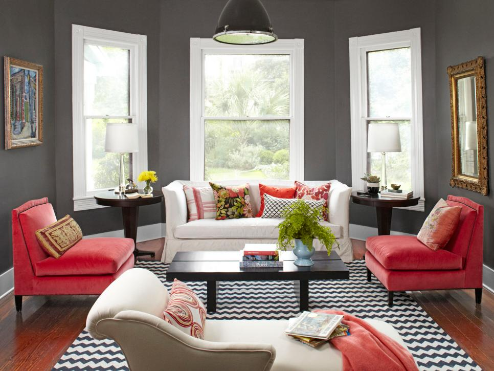20 colorful living rooms to copy hgtv for Pictures for living rooms what is in style