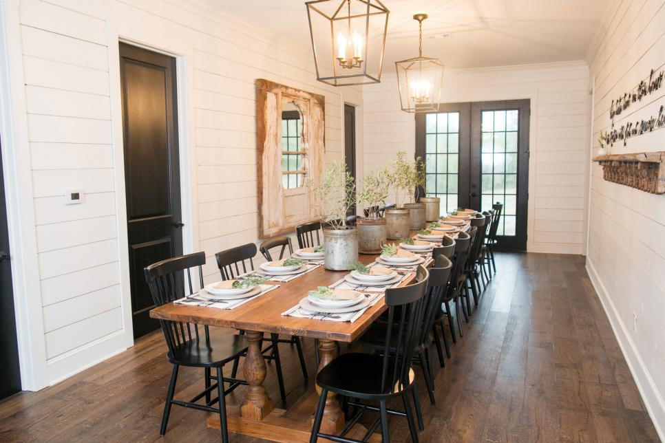 Fixer Upper A Very Special House In The Country Hgtv S