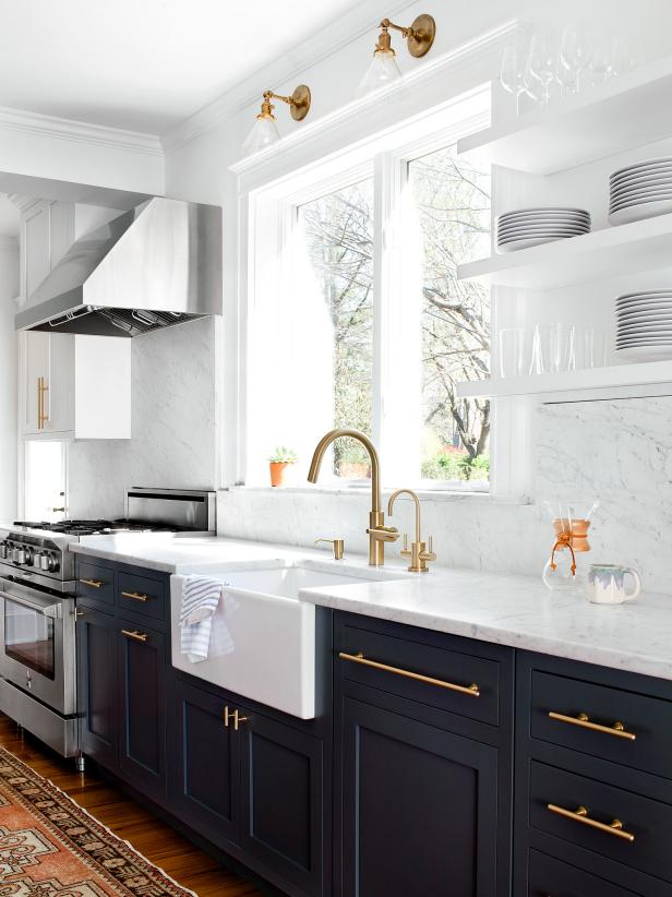 Bright, Airy Kitchen With Warm Metallic Hardware