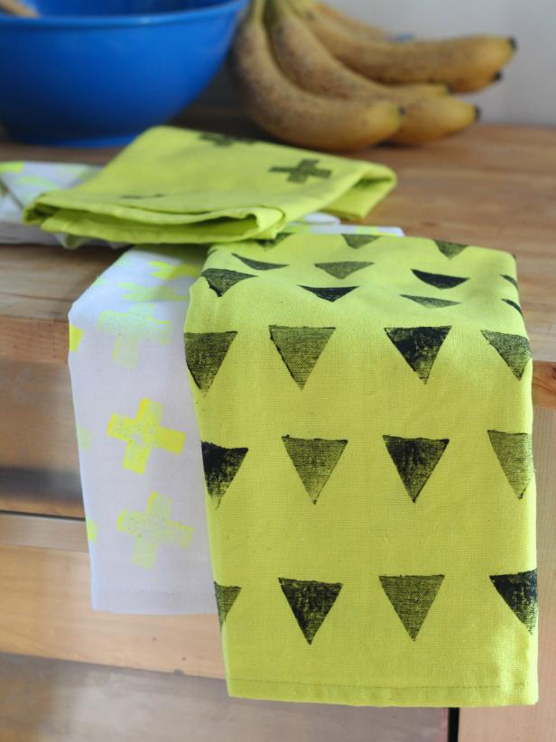 Potato-Stamped Kitchen Towels