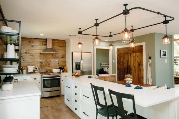 Neutral Country Kitchen