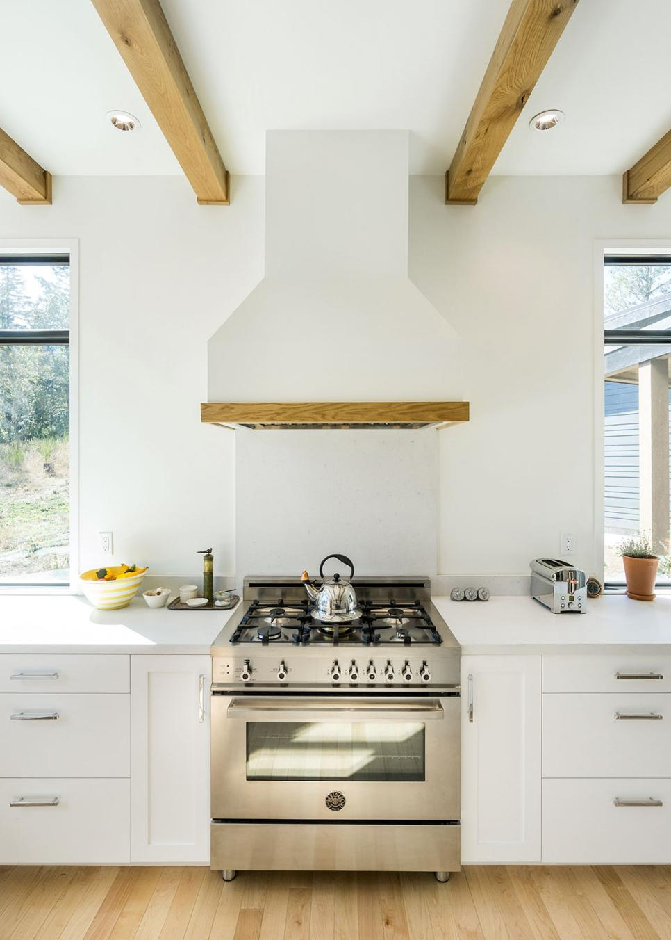 Country White Range Hood