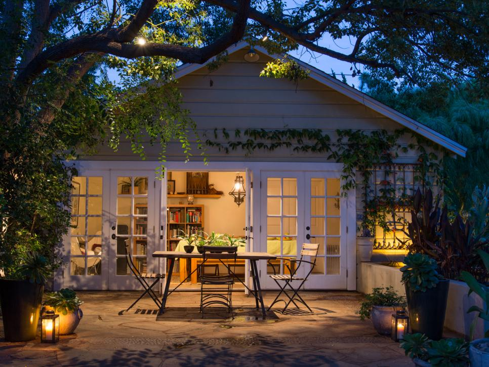 House outdoor lighting ideas Led Lights Shop This Look Hgtvcom 16 Budgetfriendly Outdoor Lighting Ideas Hgtv