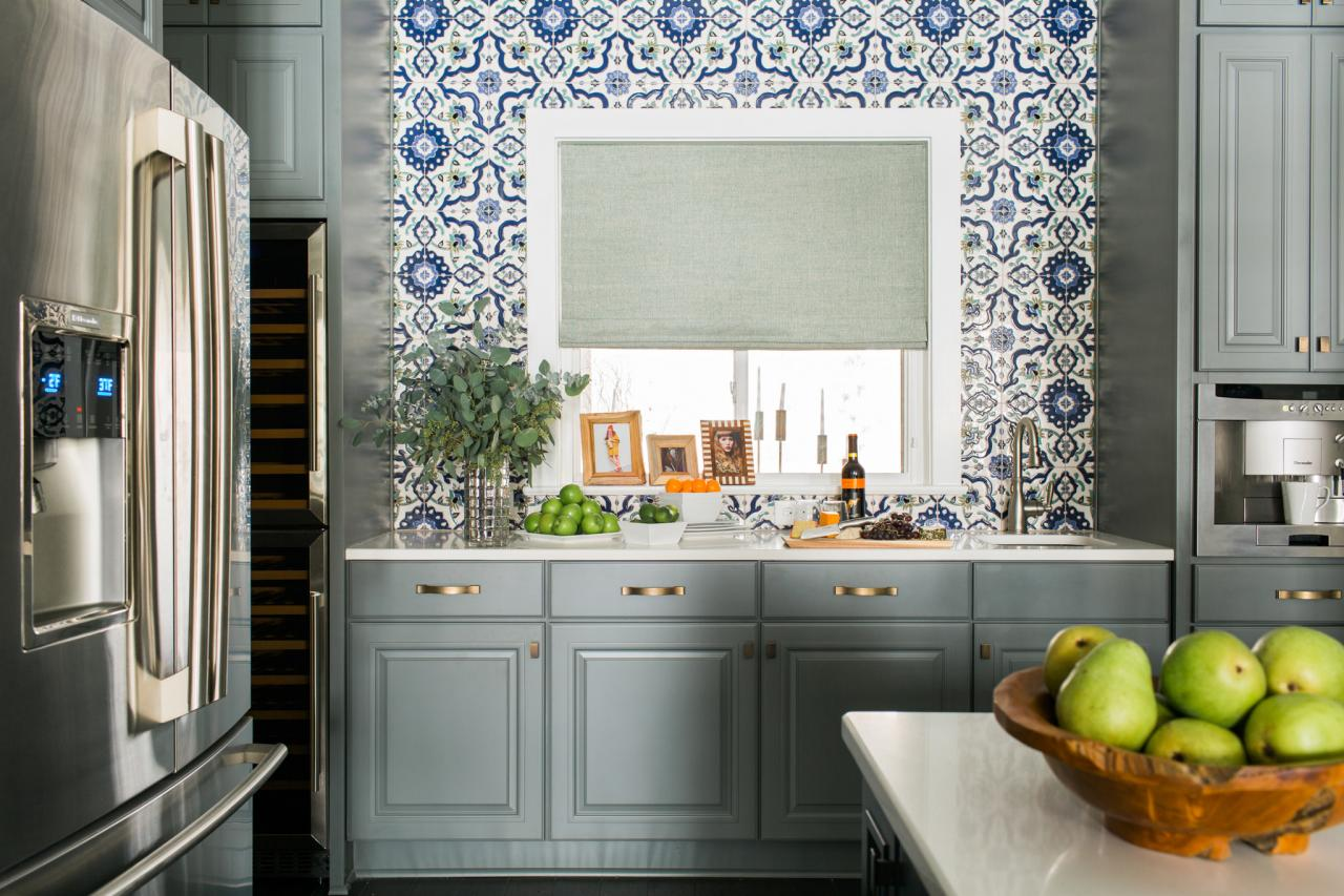 Discover the latest kitchen color trends hgtv for Kitchen cabinet trends 2018 combined with decorative wall art tiles