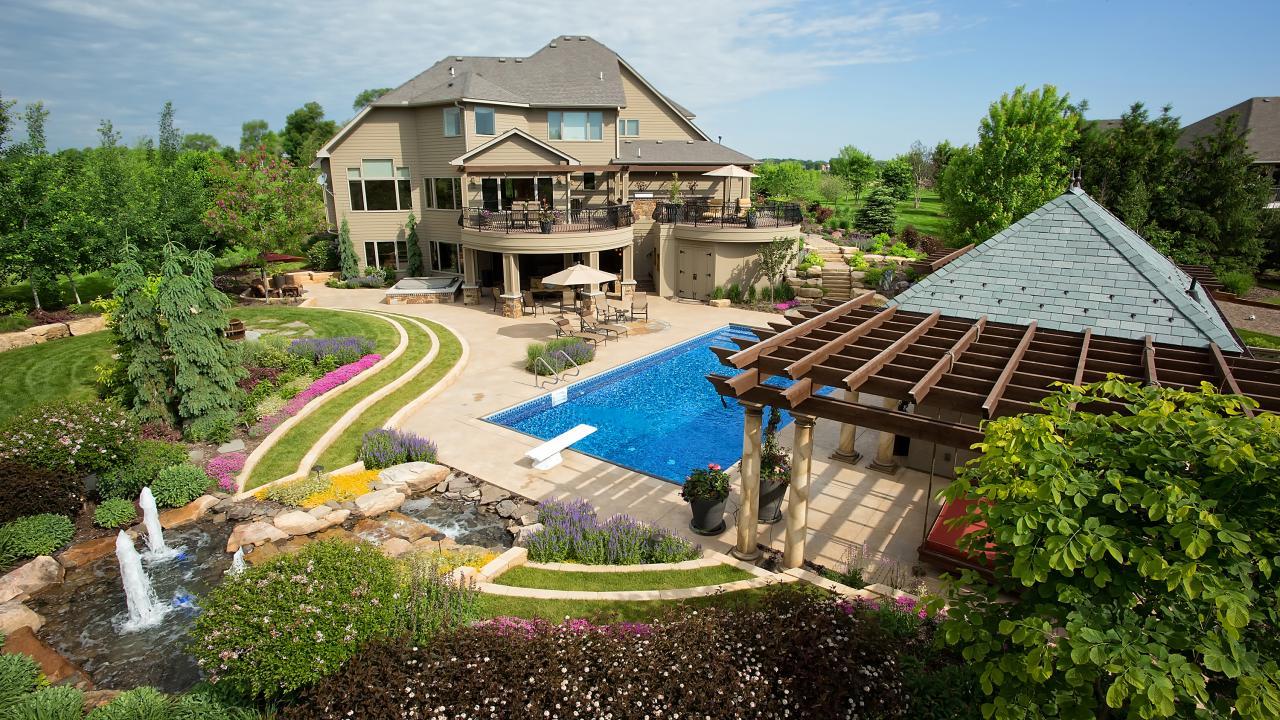 Backyard Oasis | HGTV on Designing A Backyard Oasis id=15748