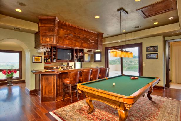 Brown Traditional Game Room