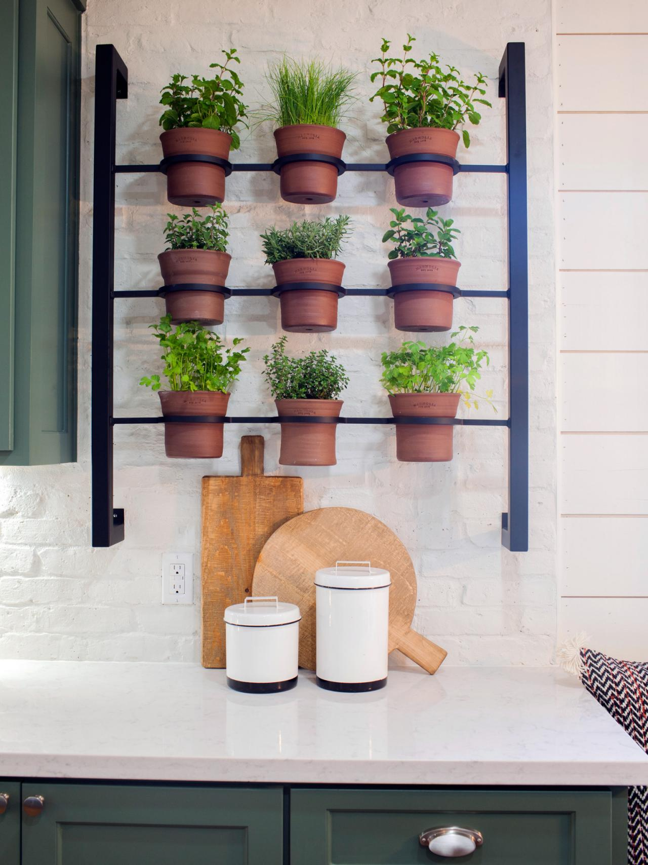 Container gardening ideas from joanna gaines hgtv 39 s Indoor living wall herb garden