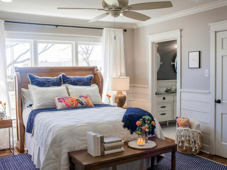 fixer upper master bedrooms and master bathrooms hgtv s 14140 | 1458601117129