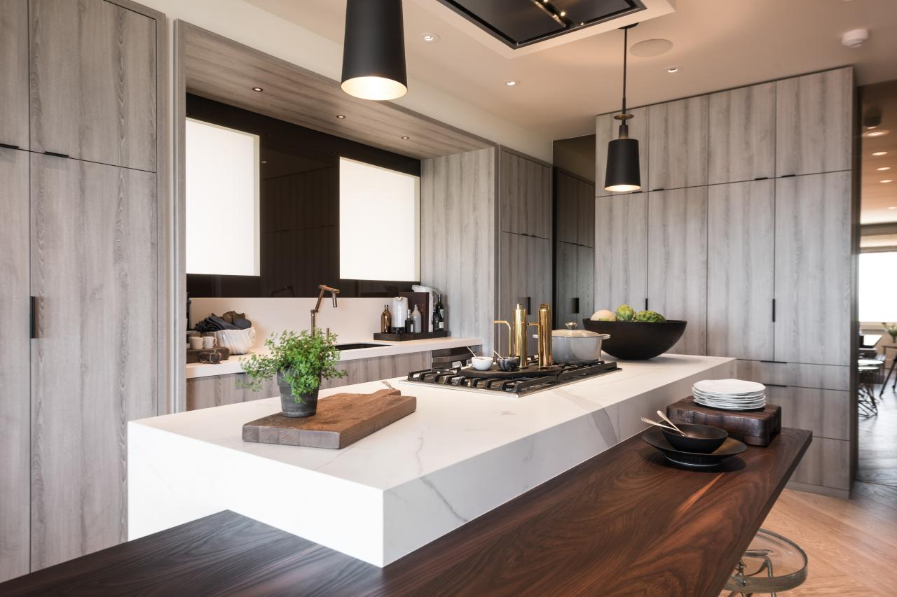 Sleek Modern Kitchen Incorporates State Of The Art Materials