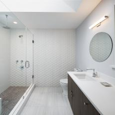 Streamlined Bathroom in Gray & White