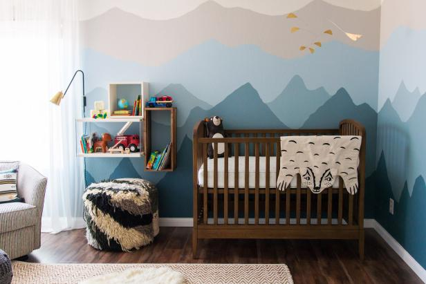 Natural Wood Crib Makes Ombré Mountains Pop