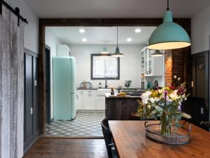 Mint Green Details Connect Spaces and Maintain an Authentic Design