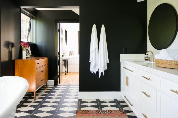 Black Spa Bathroom With White Towels