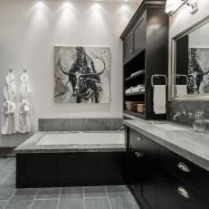 Contemporary Master Bathroom With Black-and-White Palette