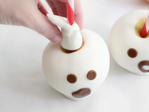 Spooky Candy-Dipped Apples: Step 15