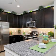Transitional Black-and-White Kitchen is Functional, Stylish