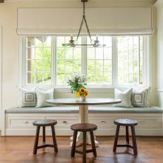Cottage Breakfast Nook With Cushions