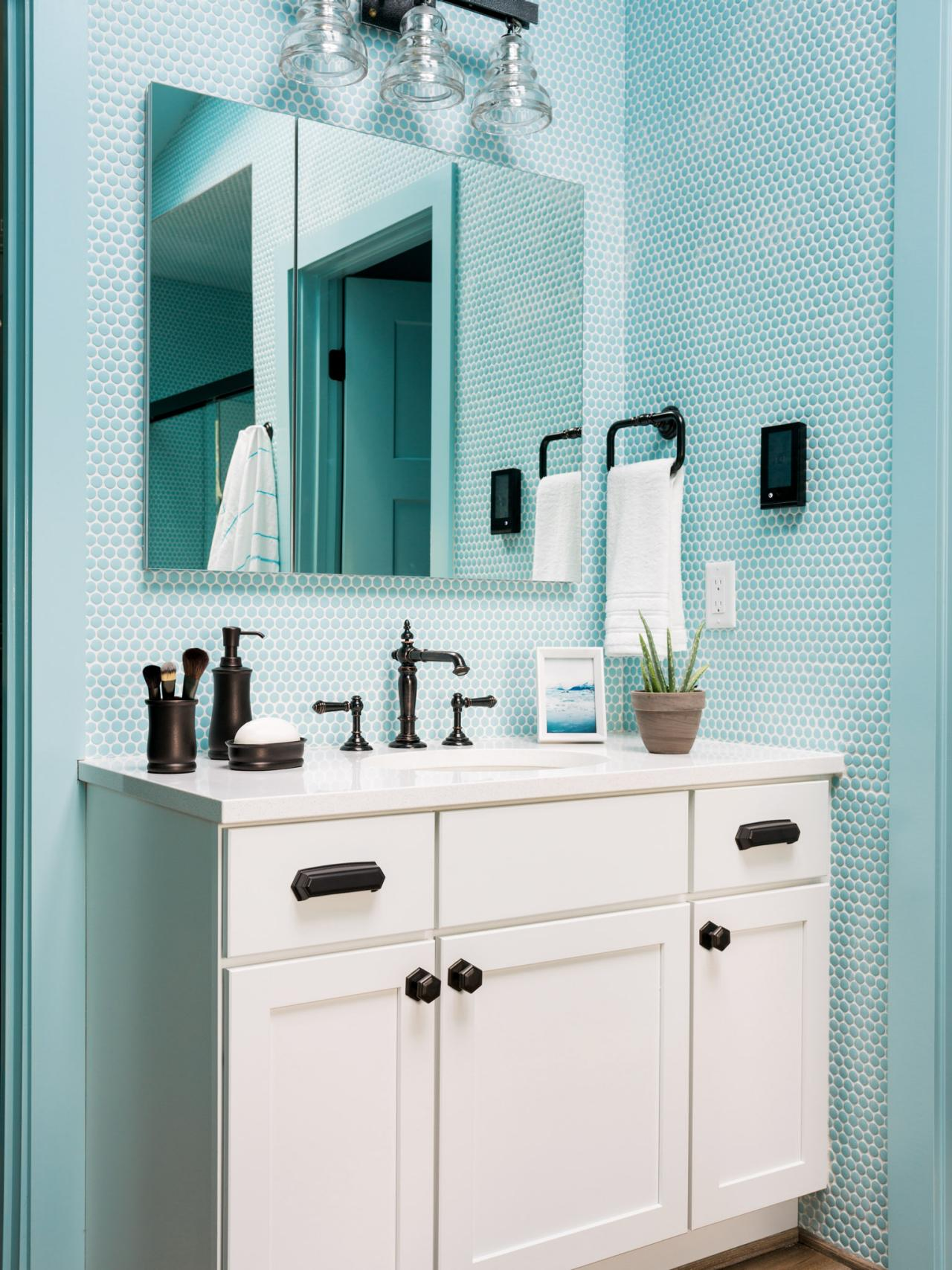 Which Master Bathroom is Your Favorite? | HGTV Urban Oasis ...