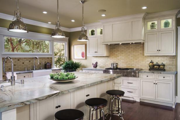 Traditional Neutral Kitchen