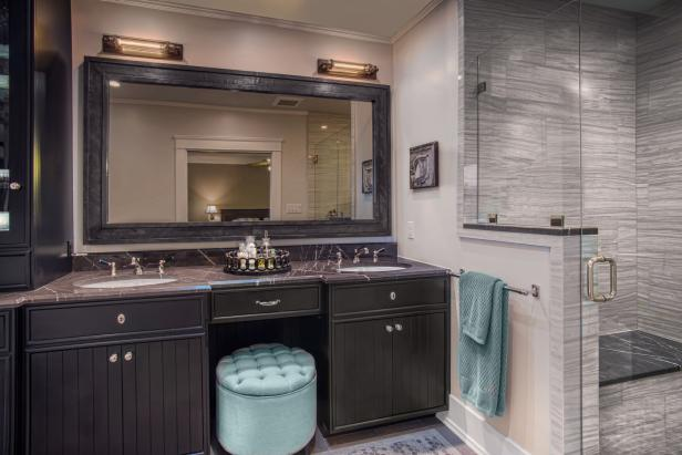 Traditional Black Bathroom Vanity