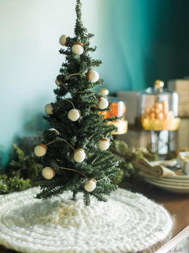How To Make A Rope Light Tree Skirt Hgtv