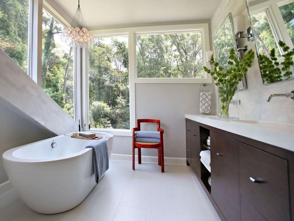 Small bathroom ideas on a budget hgtv for Small full bathroom designs