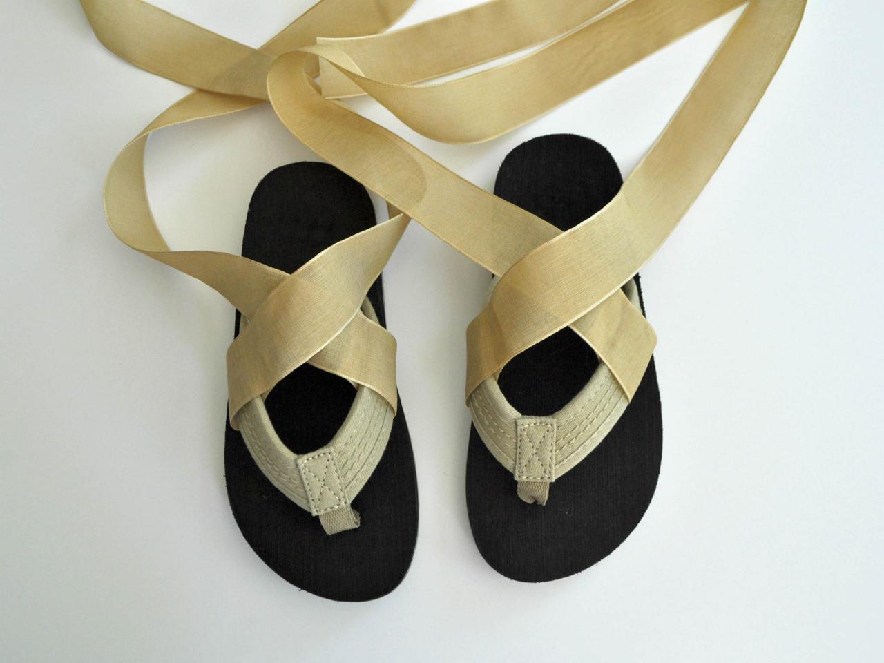 Easy no sew toga halloween costume hgtv roman toga costume step 2 make roman sandals solutioingenieria Gallery