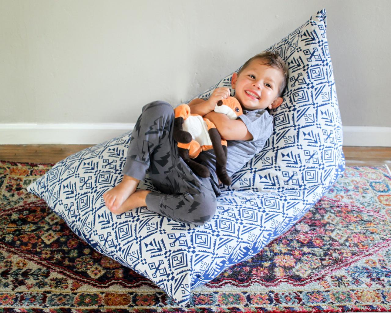 How To Make A Kid S Bean Bag Chair Using Stuffed Animals Hgtv